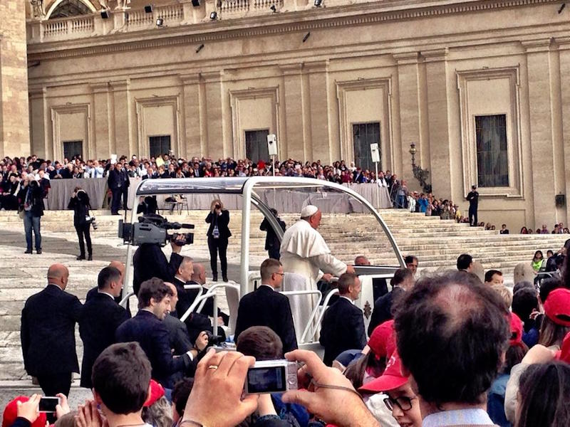 how to get tickets for papal audience