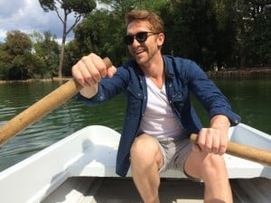 Sean rowing - rent boats in Villa Borghese