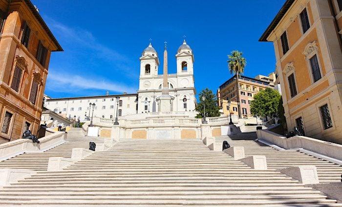 the roman guy spanish steps