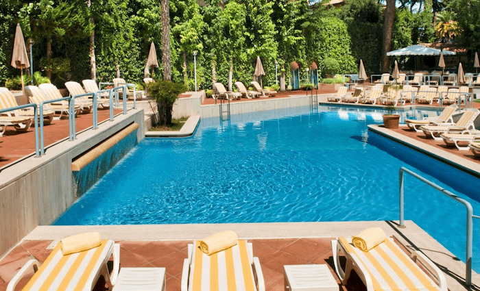 Aldrovandi Residence Suites Pool