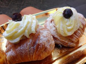 Santa RosaSfogliatella, a common dessert in Amalfi