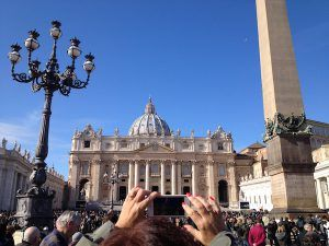easter-in-rome-st-peters-basilica-the-roman-guy