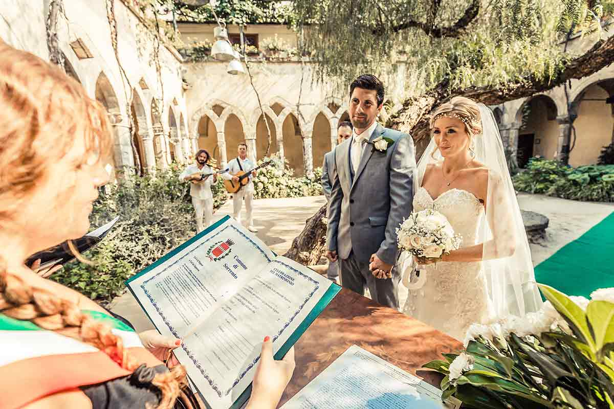 Italy is a special place to have your wedding, offering the perfect setting  to tie the knot with the one you love. The great thing about Italy is that  is ...