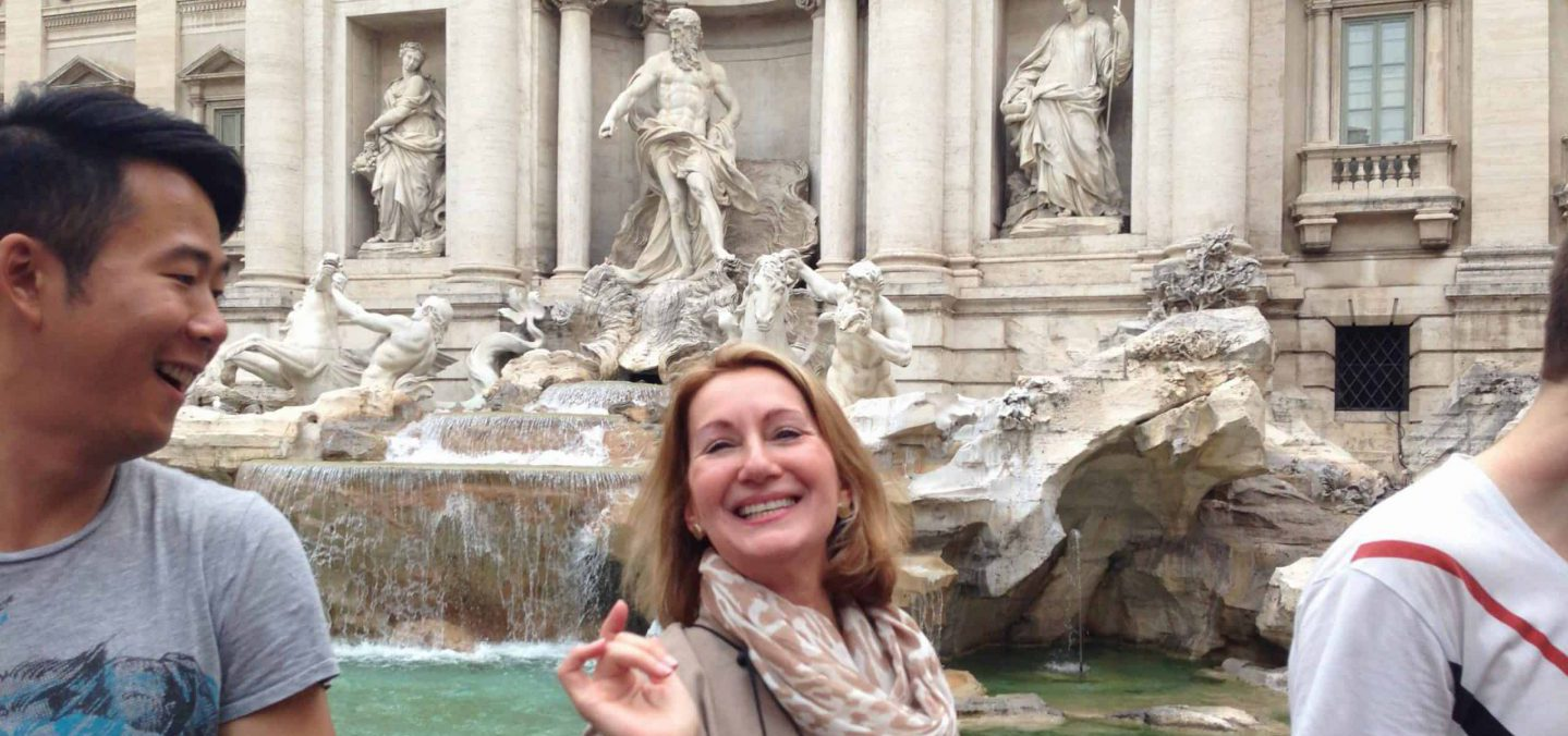 Visiting the Trevi Fountain: Facts, History and What Not to Miss