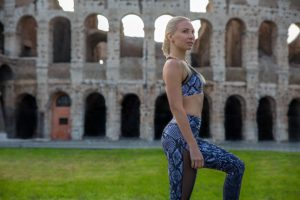 travel fit and healthy in rome colosseum Anastasiya