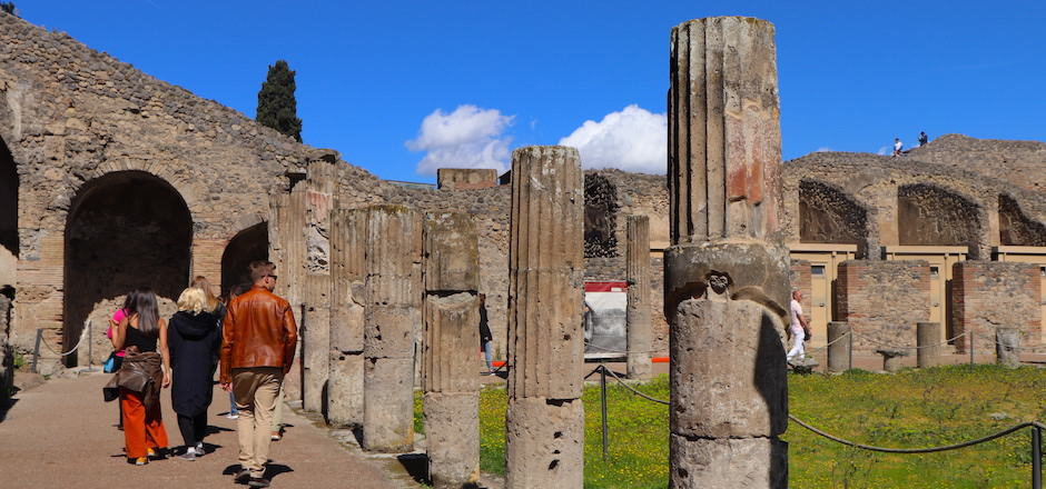 Visiting Pompeii: Tickets, Hours, Tours, and More!