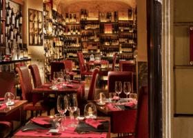 11 Best Restaurants Near the Spanish Steps 2020