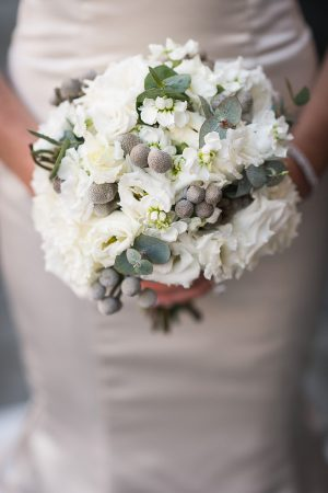 white flowers in a perfectly arranged Wedding in Tuscany