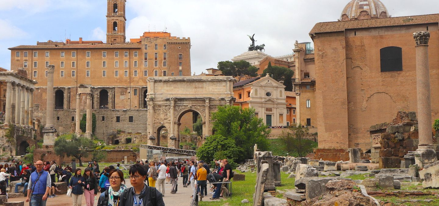13 Things You Shouldn't Miss in the Roman Forum