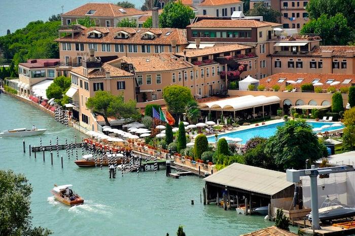 Venice pool