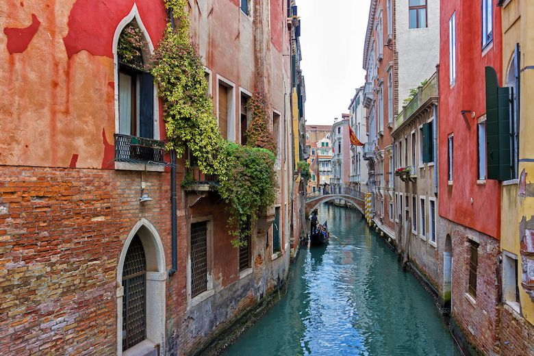 Can You Swim in the Venice Canals?
