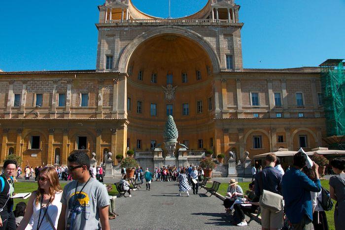 belvedere courtyard vatican