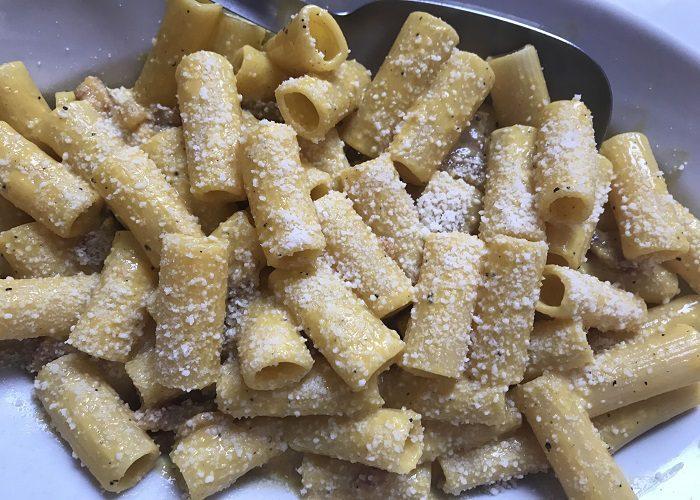 carbonara-pasta-tuscany