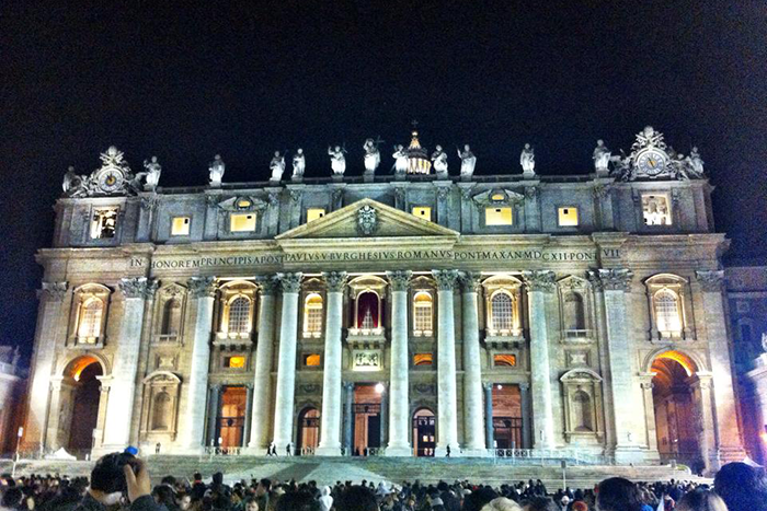 Christmas Eve Mass At The Vatican 2020 How to get Christmas Mass Tickets in the Vatican City