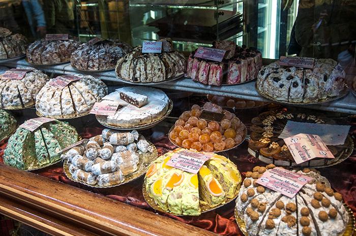 Traditional italian Christmas dessert - Christmas in Italy
