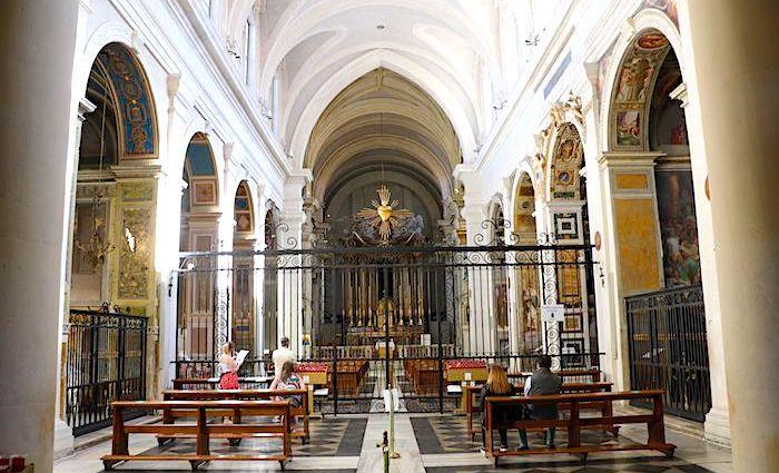 the roman guy trinita dei monti