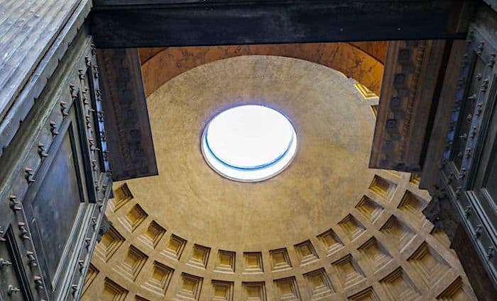 the roman guy pantheon