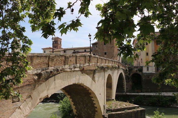 Ponte Fabricious