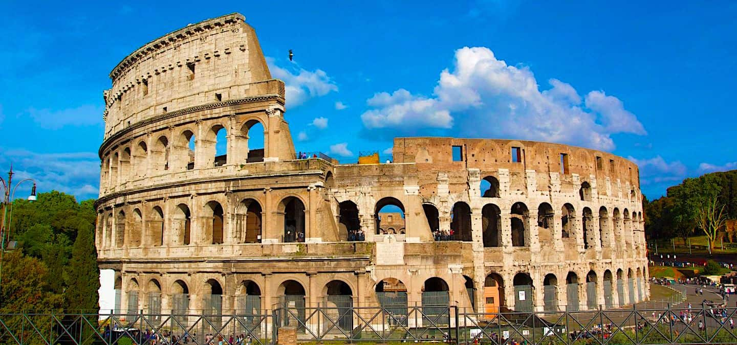 Top 12 Things to Do and See Near the Colosseum in Rome