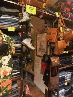 best vintage stores in rome king size