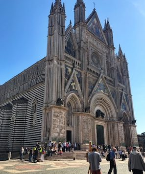 Orvieto Duomo - Day Trips from Rome by Train