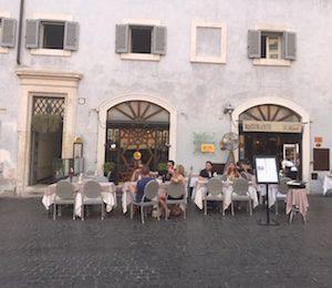 Best Piazzas in Rome - Ristorante di Riendo