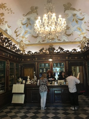 Things to do in Florence - one of Oldest Pharmacy in the World