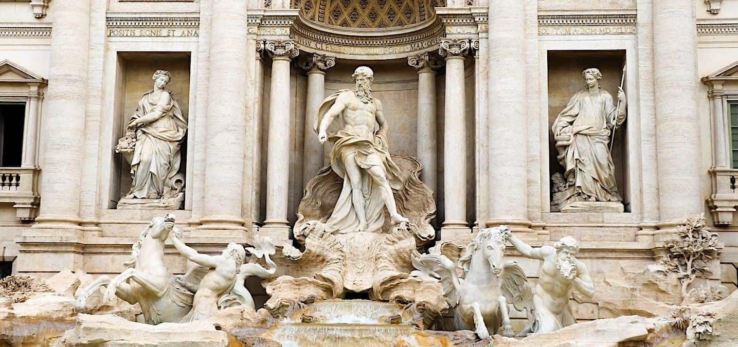 the roman guy trevi fountain