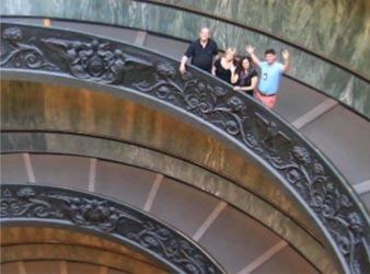 Vatican museums tour no line priviliged entrance Italy guide